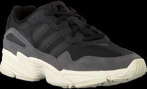 Adidas Baskets YUNG-96 en noir